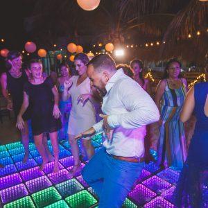 Dance wedding all together